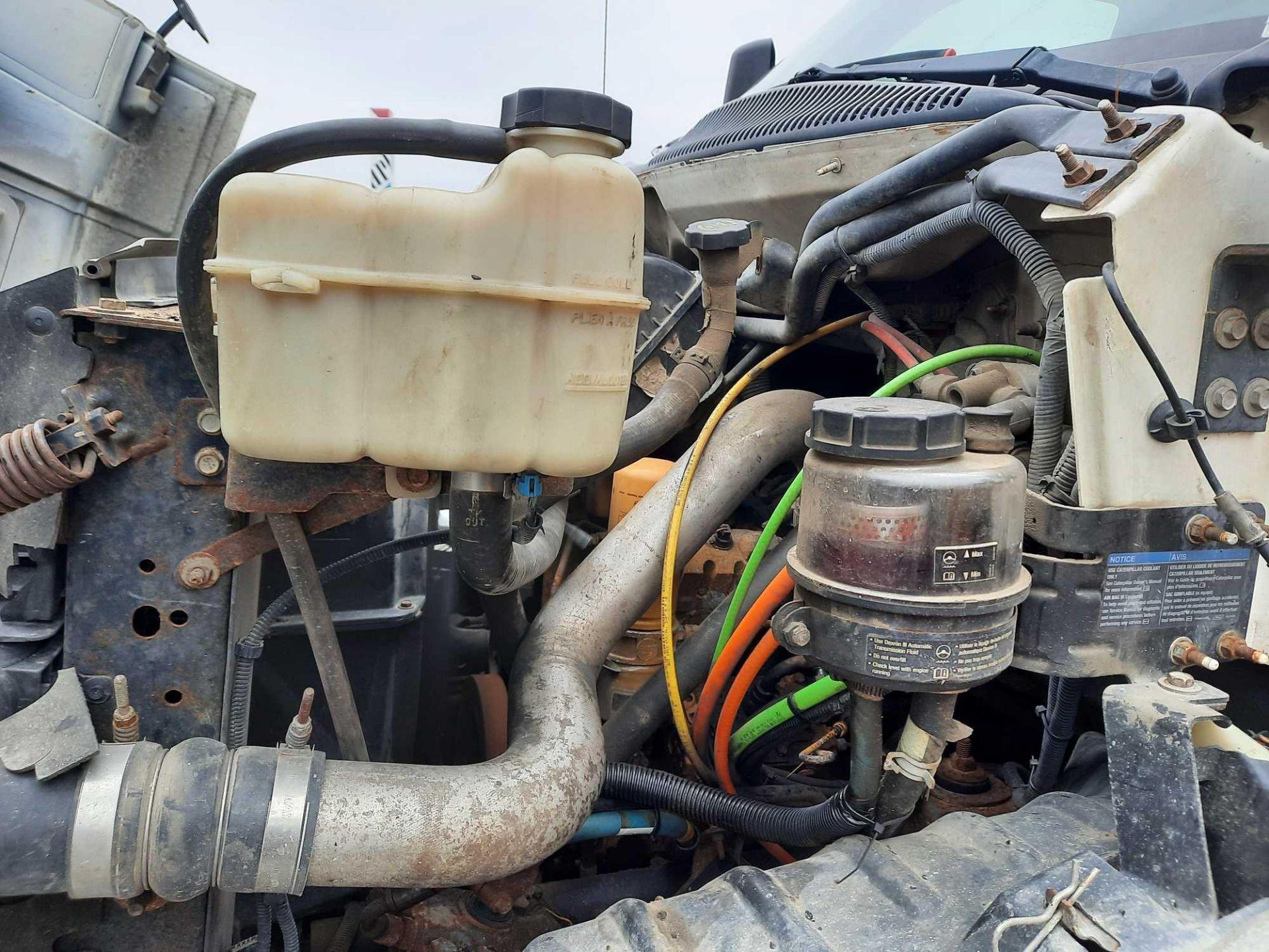2005 GMC 7500 10' DUMP TRUCK (VDOT UNIT #: R07219) - Image 6 of 16