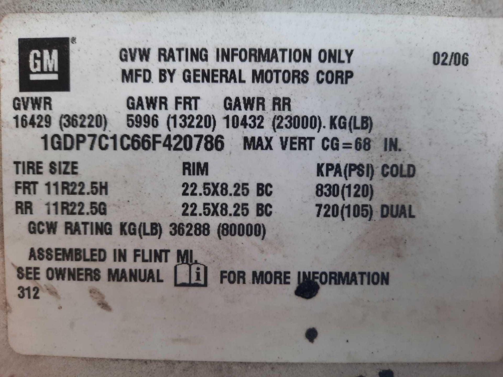 2006 GMC 7500 S/A 10' DUMP TRUCK (VDOT UNIT: R08291) - Image 5 of 19