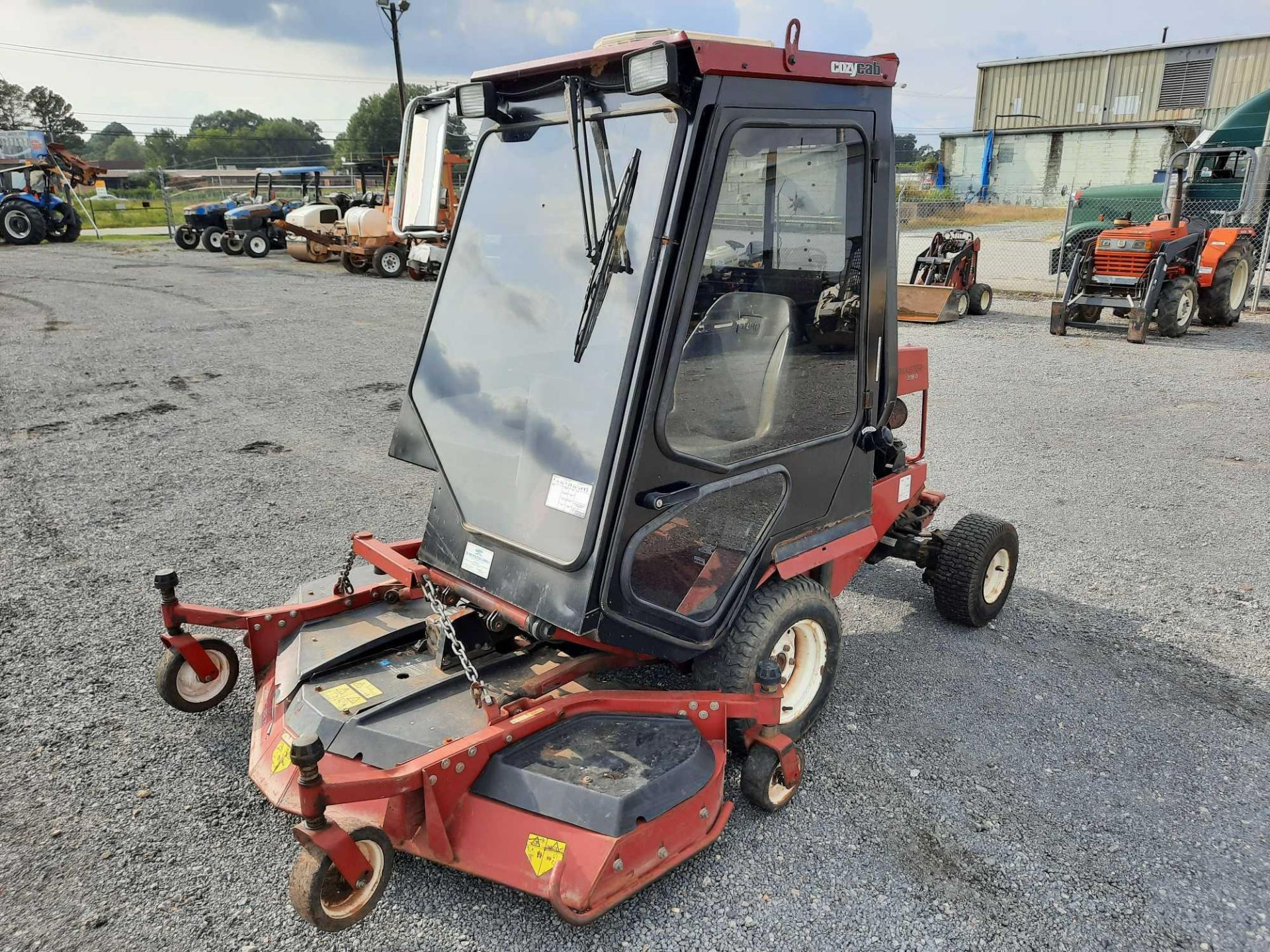 TORO 4X4 GROUNDSMASTER MOWER SWEEPER