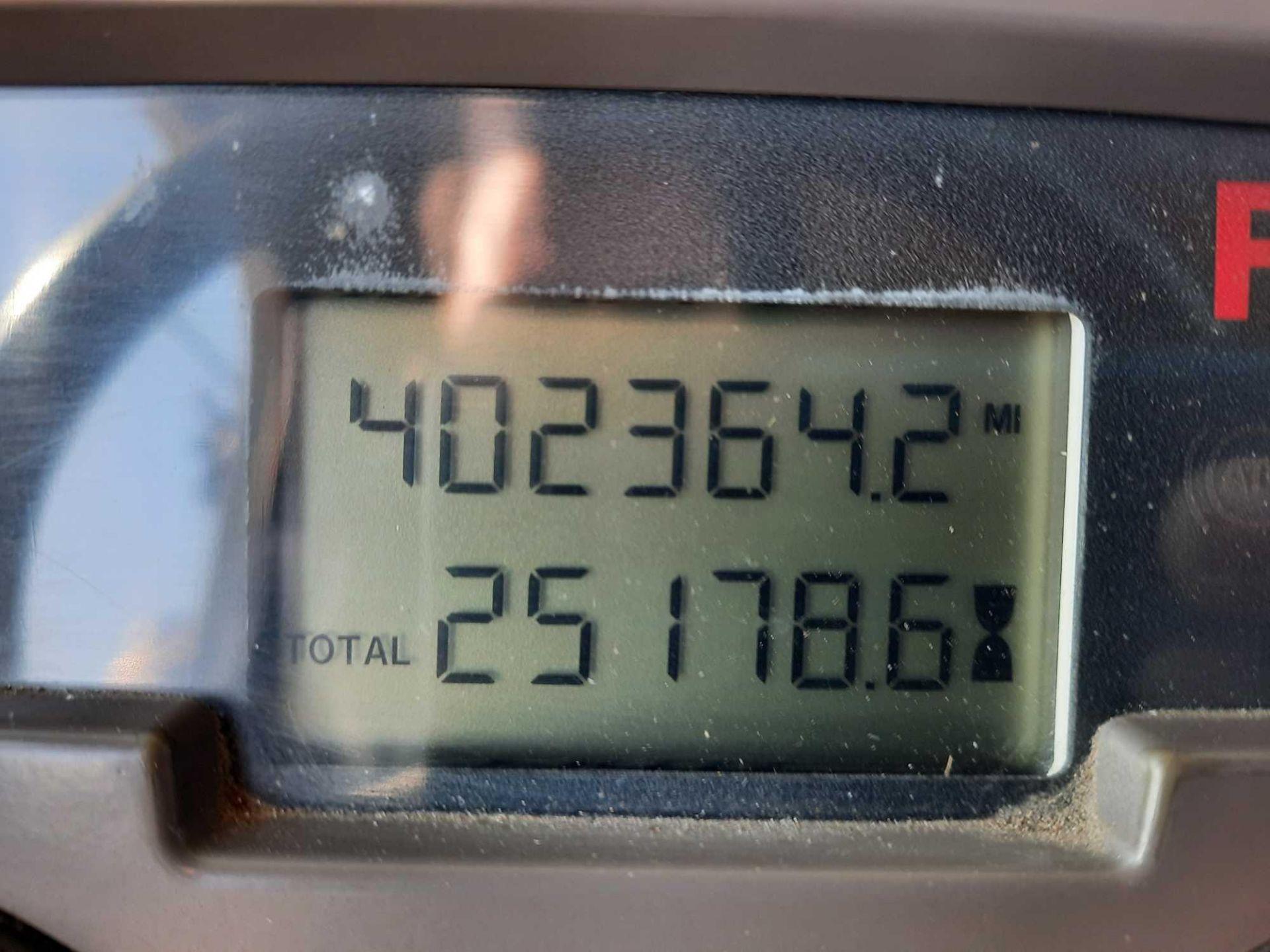 2004 MACK GRANITE CU713 SEPTIC TANKER TRUCK - Image 5 of 28