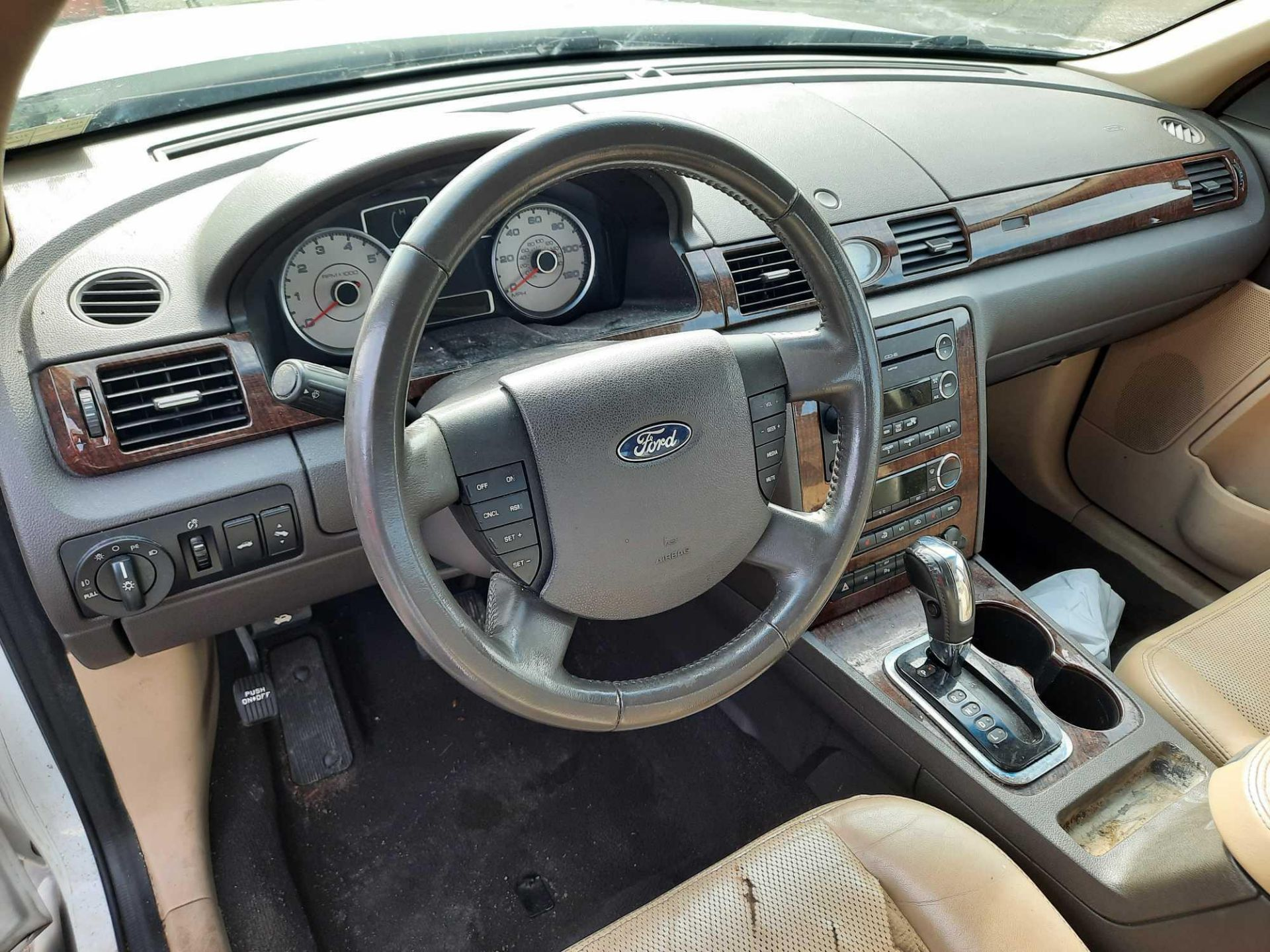2008 FORD TAURUS LIMITED - Image 9 of 18
