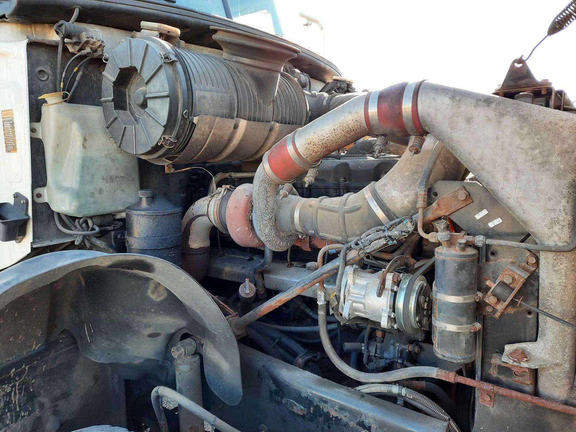 2004 MACK GRANITE CU713 SEPTIC TANKER TRUCK - Image 12 of 28