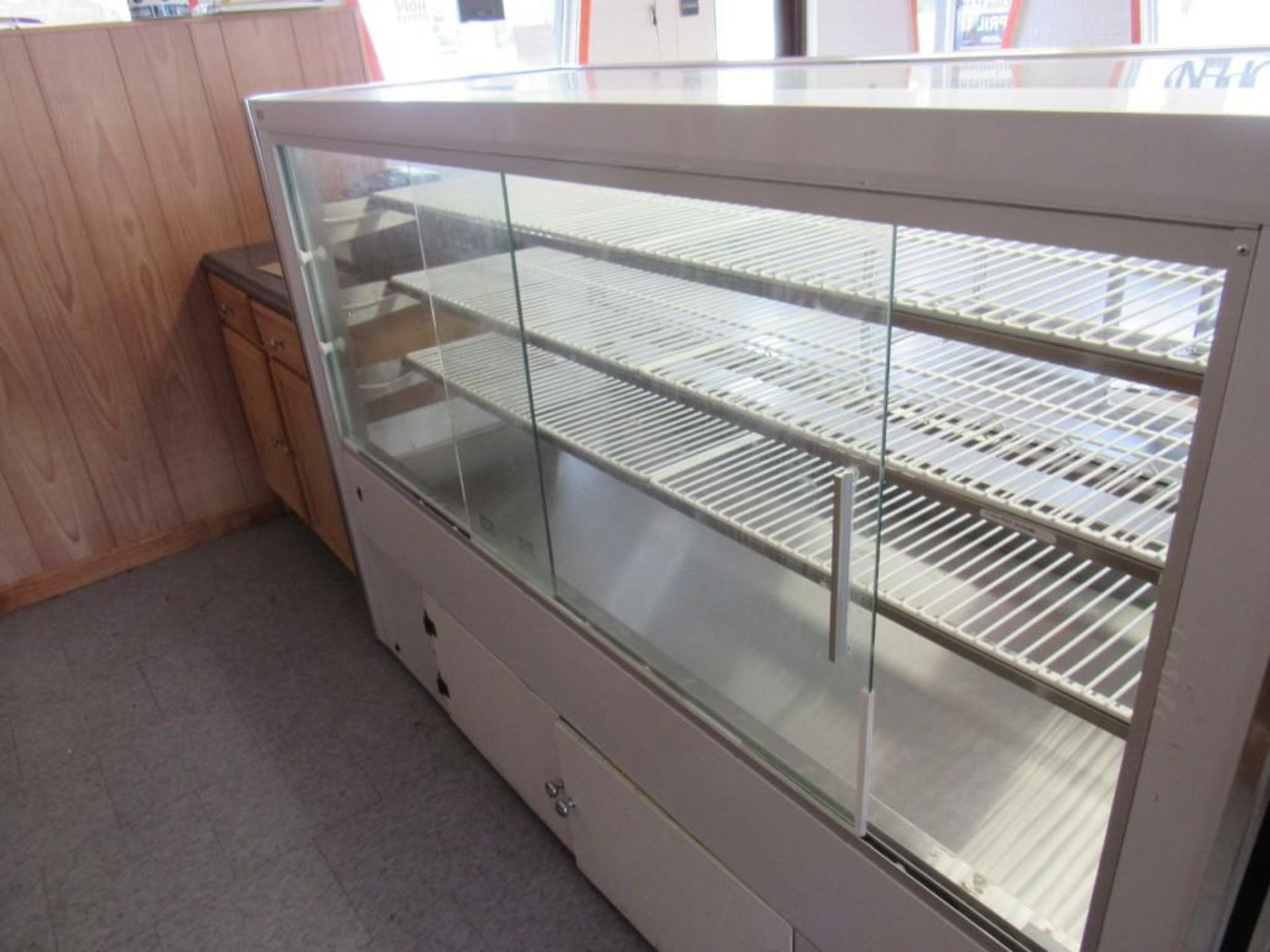 2018 LEADER MANUFACTURING DISPLAY CABINET - Image 4 of 4