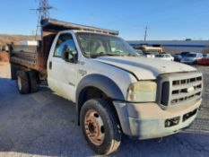2005 FORD F450 XL SUPER DUTY 11' DUMP TRUCK (INOPERABLE)