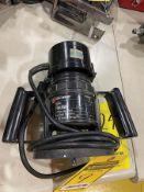 BLACK & DECKER 1-HP ROUTER