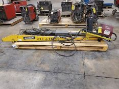 BENARD 200 LB. WELDING BOOM WITH LF-74 WIRE FEEDER