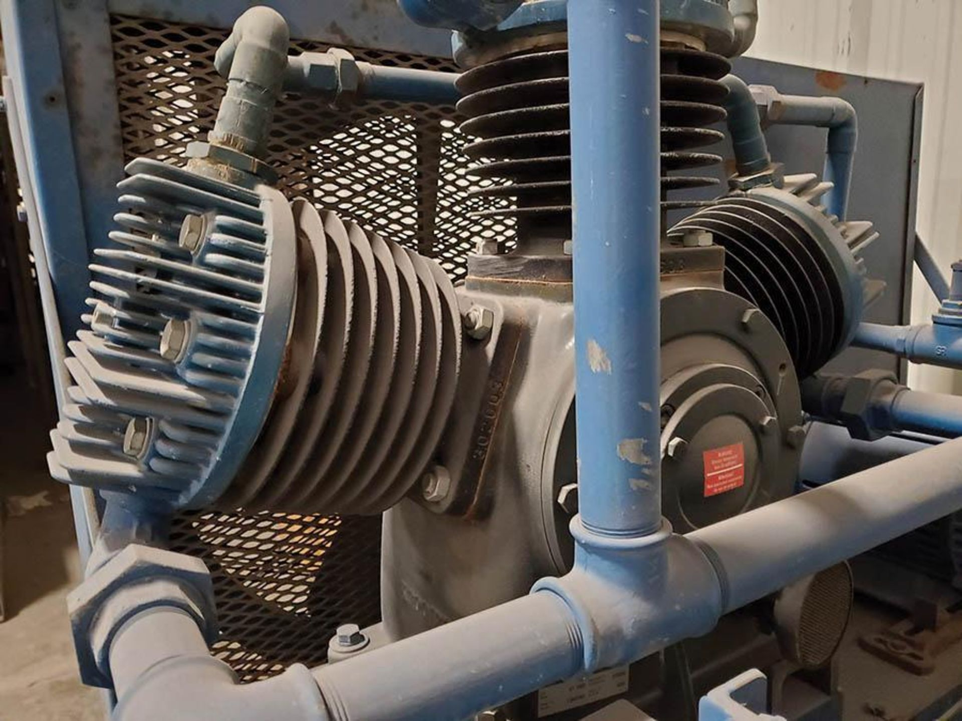 CHEMETRON MEDICAL AIR COMPRESSOR, MODEL 2KT40-10, 10 HP, 6 CYLINDER - Image 4 of 8