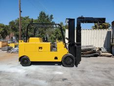 ROYAL 30,000 LB CAPACITY FORKLIFT, MODEL: T300B, S/N: 1285L92, GASOLINE ENGINE, 3-SPEED TRANSMISSION