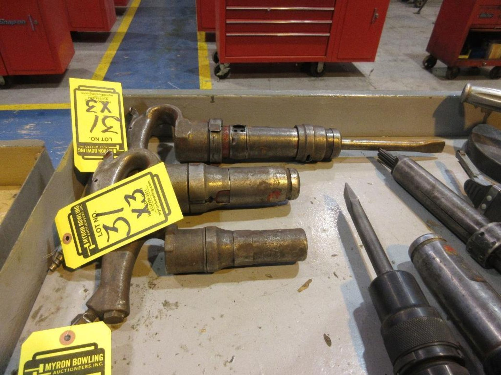 (3) PNEUMATIC HAMMERS