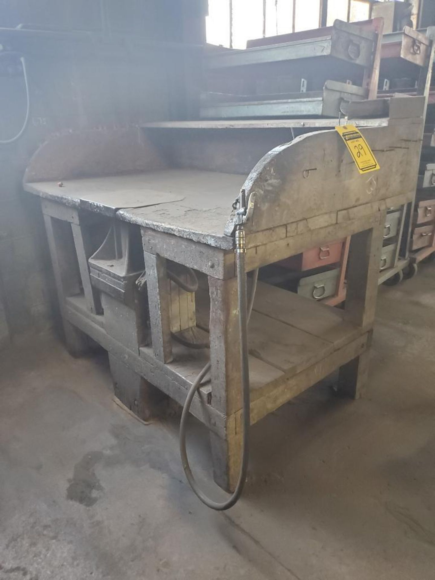 TABOR PNEUMATIC TABLE
