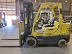 2015 HYSTER 8,000 LB FORK LIFT, MODEL S80FT, S/N J004V01954N, 5,404 HOURS, LP CUSHION TIRES, 3-STAGE