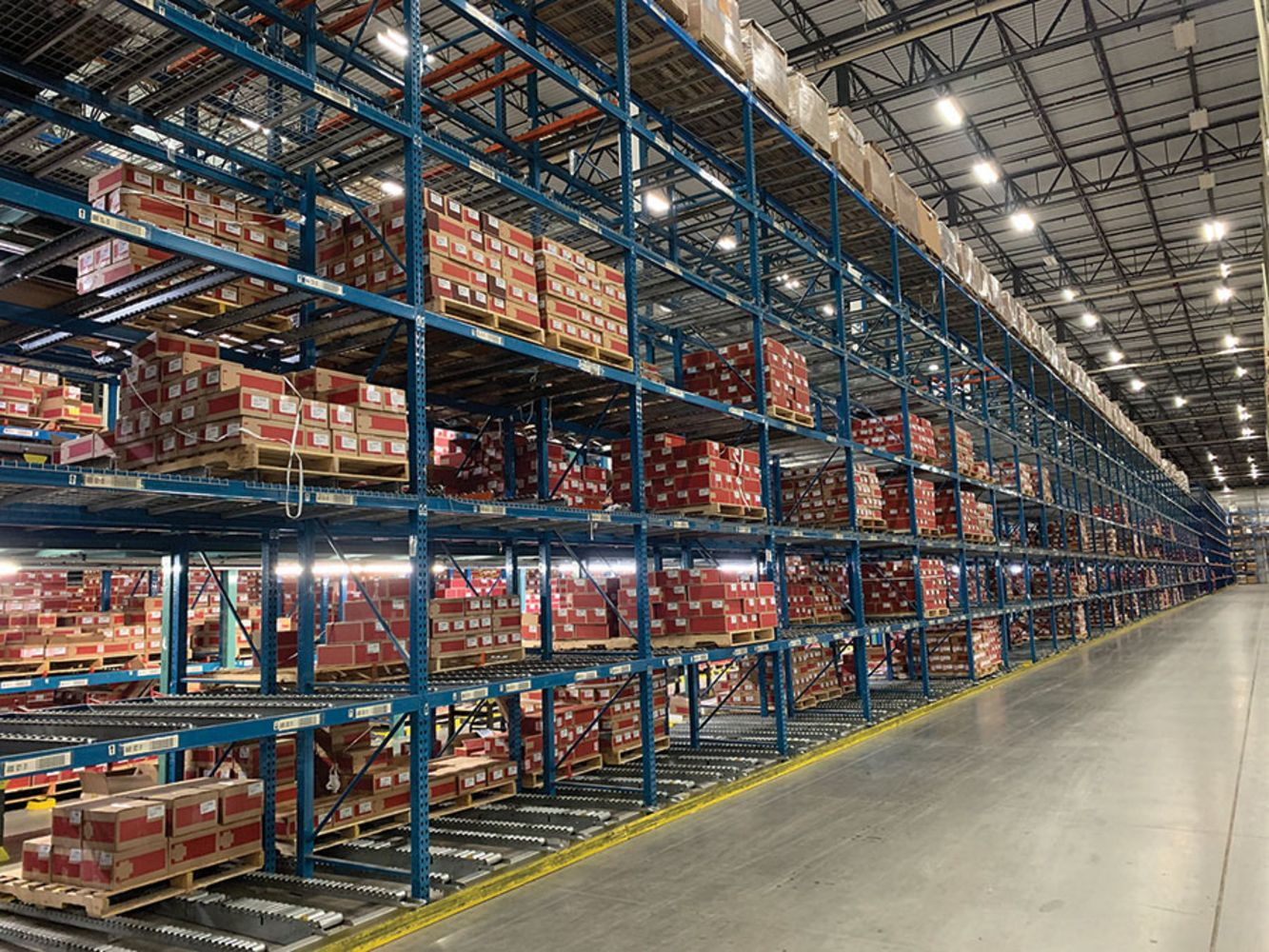 1,000,000+ SF DISTRIBUTION CENTER - DAY 2 of Huge 2-Day Auction - Pallet Racking, Forklifts, Pick Modules, Shuttle Systems