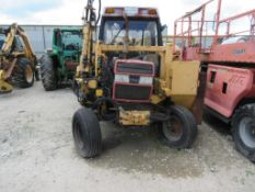 CASE 895 INTERNATIONAL WITH ALAMO A-BOOM HYDRAULIC MOWER, (NEEDS REPAIRED)
