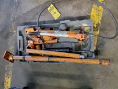 CENTRAL MACHINERY 10-TON PORTABLE HYDRAULIC PULLER WITH ACCESSORIES