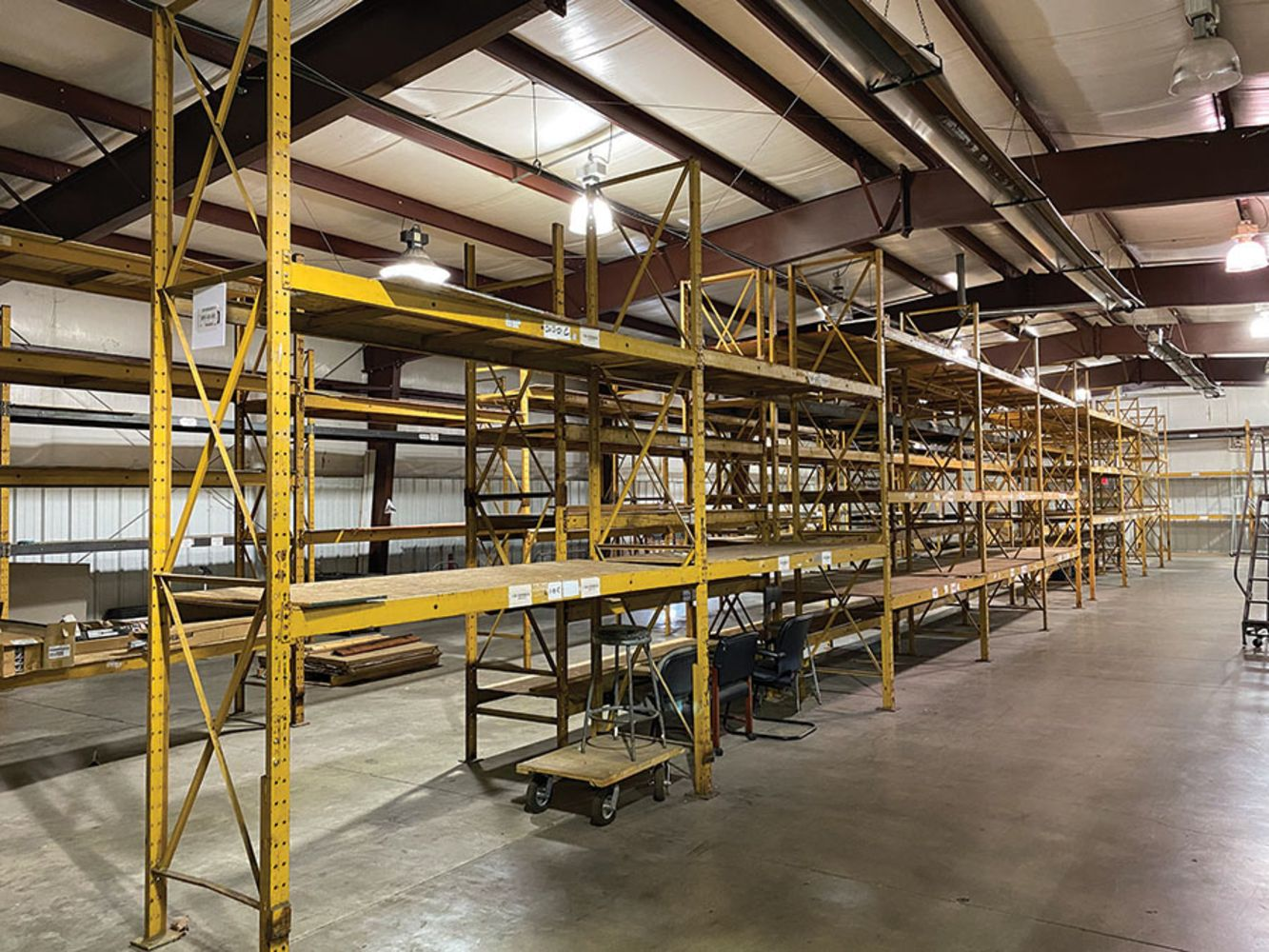 former assets of DIESEL ENGINE PARTS DISTRIBUTION FACILITY - Forklifts, Material Handling, Pallet Racking & Warehouse Equipment