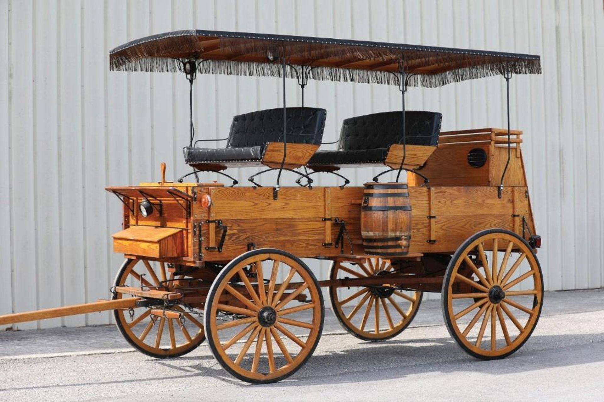 New Picnic Wagon, Fringe Top - Image 2 of 3