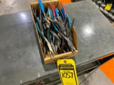 ASSORTED NEEDLE NOSE PLIERS