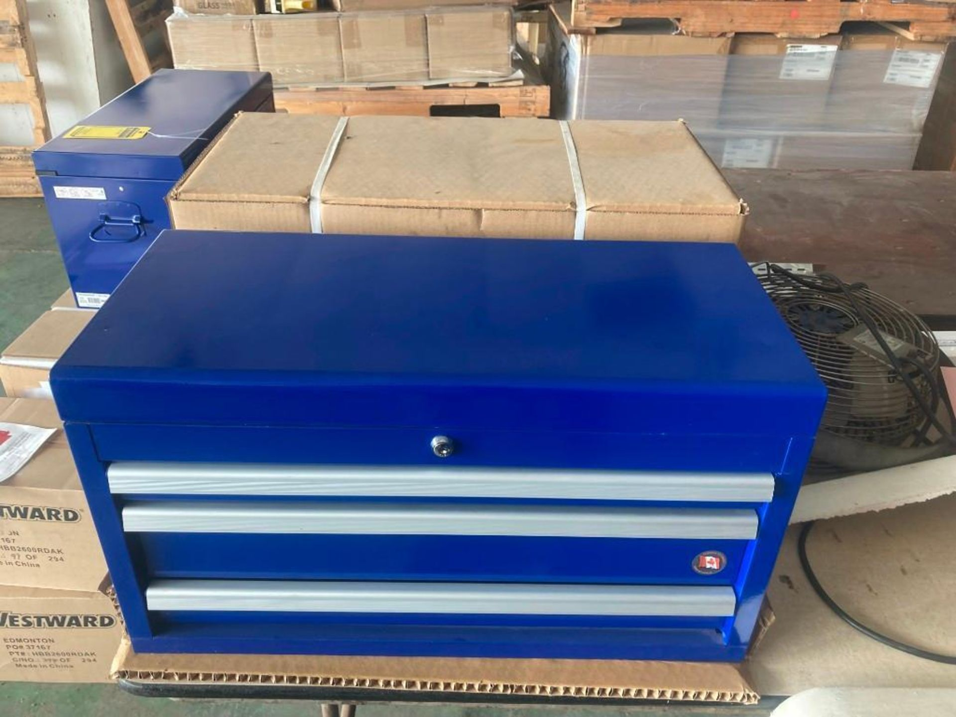 (2X) (NEW) INTERNATIONAL 3-DRAWER WORK SHOP TOP TOOL CHEST; 26'' X 12'' - Image 2 of 3