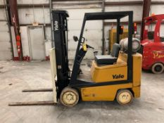 YALE 4,000 LB. CAPACITY FORKLIFT, MODEL GLC040, S/N N593043, LPG, SOLID NON-MARKING TIRES, 3-STAGE M