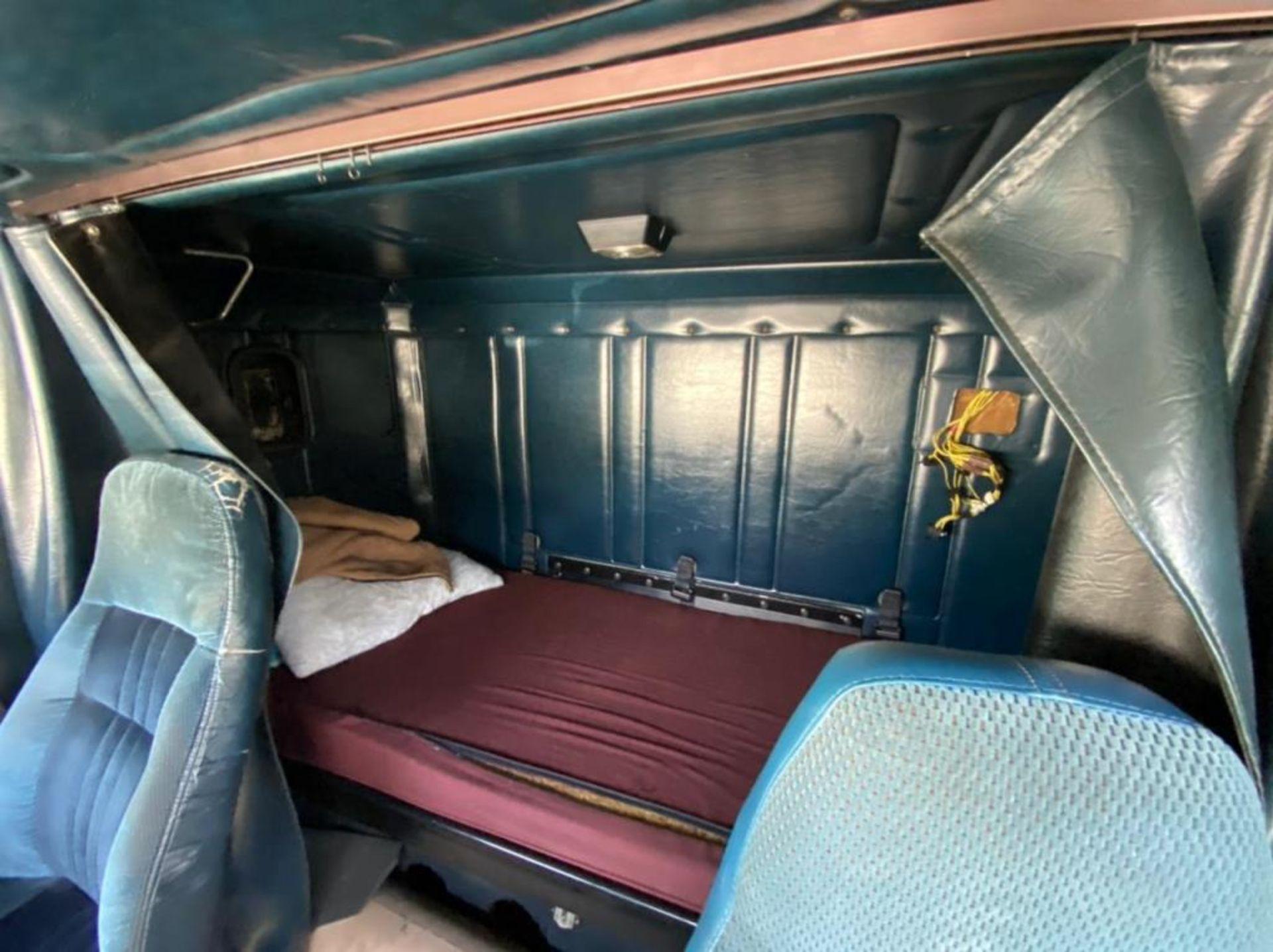 Tractocamión Marca FREIGHTLINER FLD-120, Modelo 1999 - Image 27 of 28