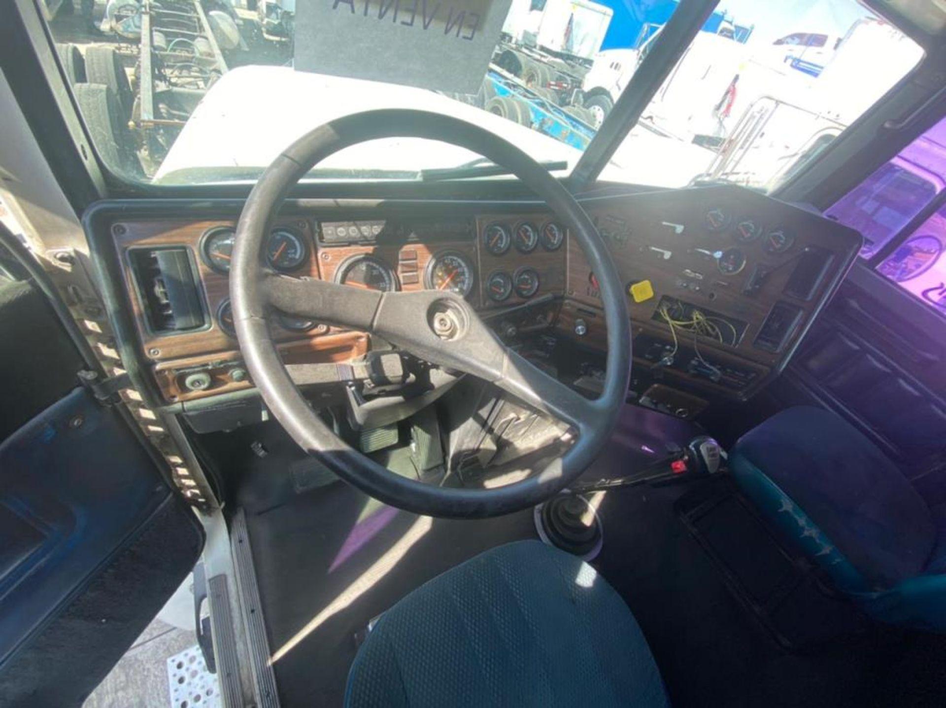 Tractocamión Marca FREIGHTLINER Fld-120, Modelo 1998 - Image 25 of 34