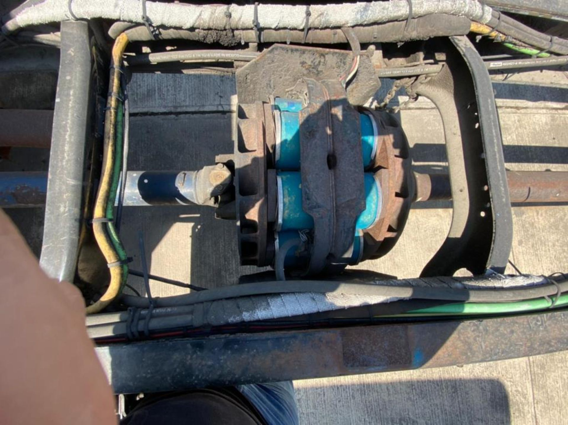 Tractocamión Marca STERLING, LT9500, Modelo 2001 - Image 9 of 27