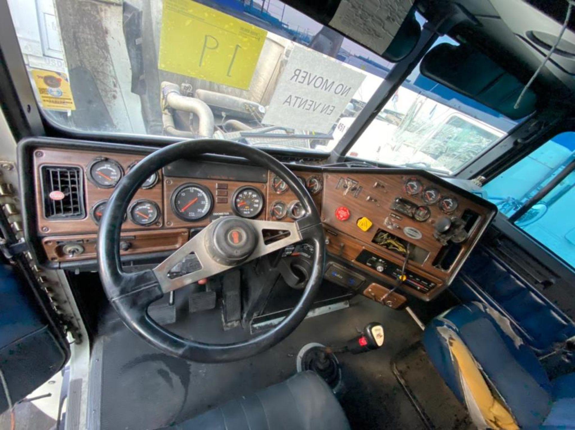 Tractocamión Marca FREIGHTLINER Fld-120, Modelo 1997 - Image 19 of 28