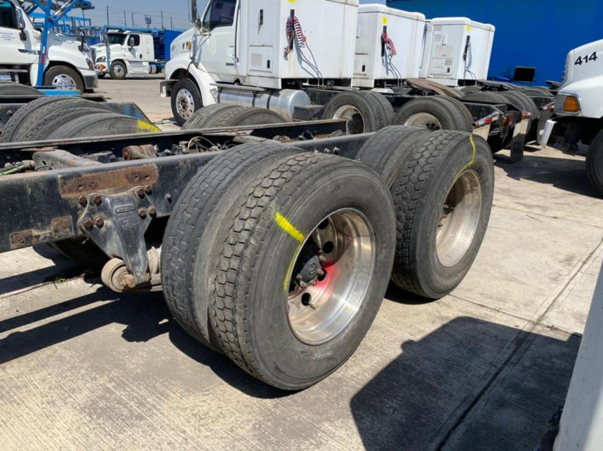 Tractocamión Marca STERLING, LT9500, Modelo 2001 - Image 11 of 27