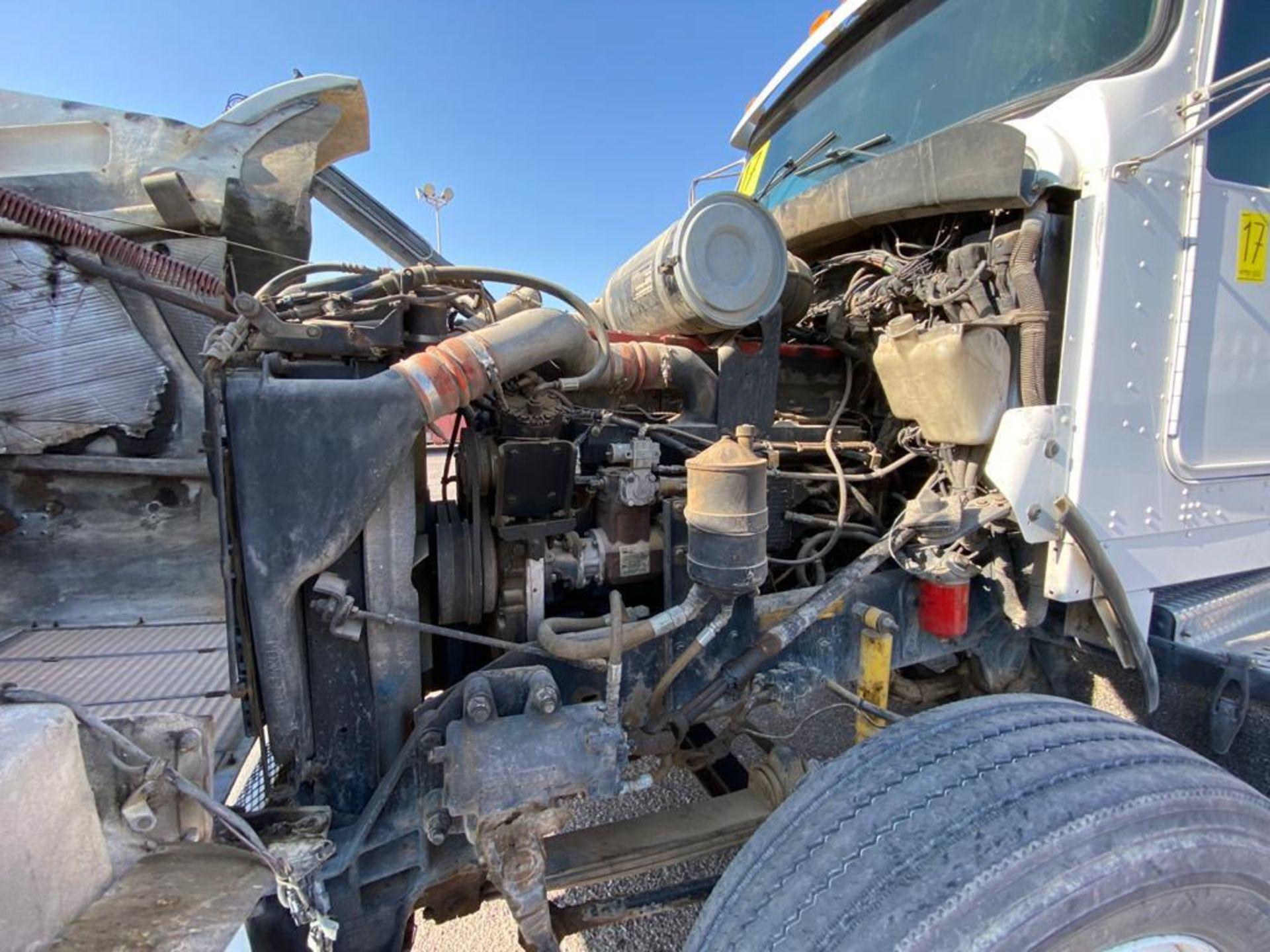 1998 Kenworth Sleeper Truck Tractor, standard transmission of 18 speeds - Image 47 of 55