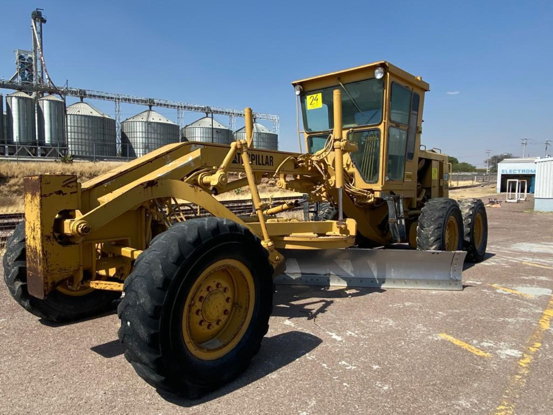 Caterpillar 120G Motor Grader, Serial number 87V09646, Motor number PQ883-2/07Z28983 - Image 48 of 61