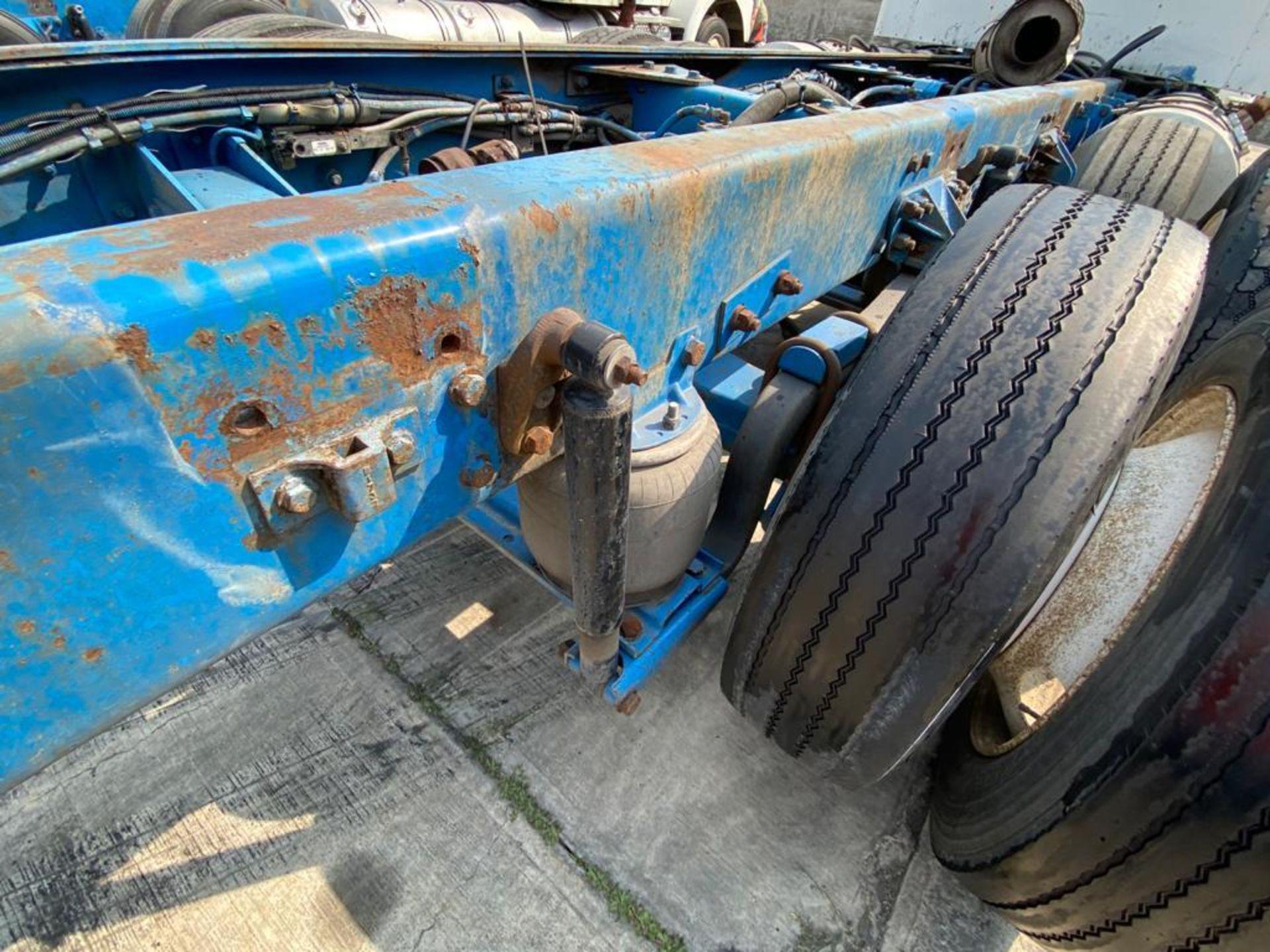 1999 Kenworth Sleeper truck tractor, standard transmission of 18 speeds - Image 20 of 72