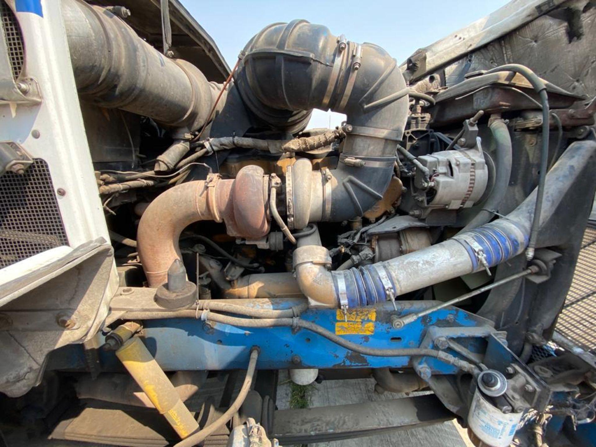 1999 Kenworth Sleeper truck tractor, standard transmission of 18 speeds - Image 63 of 72