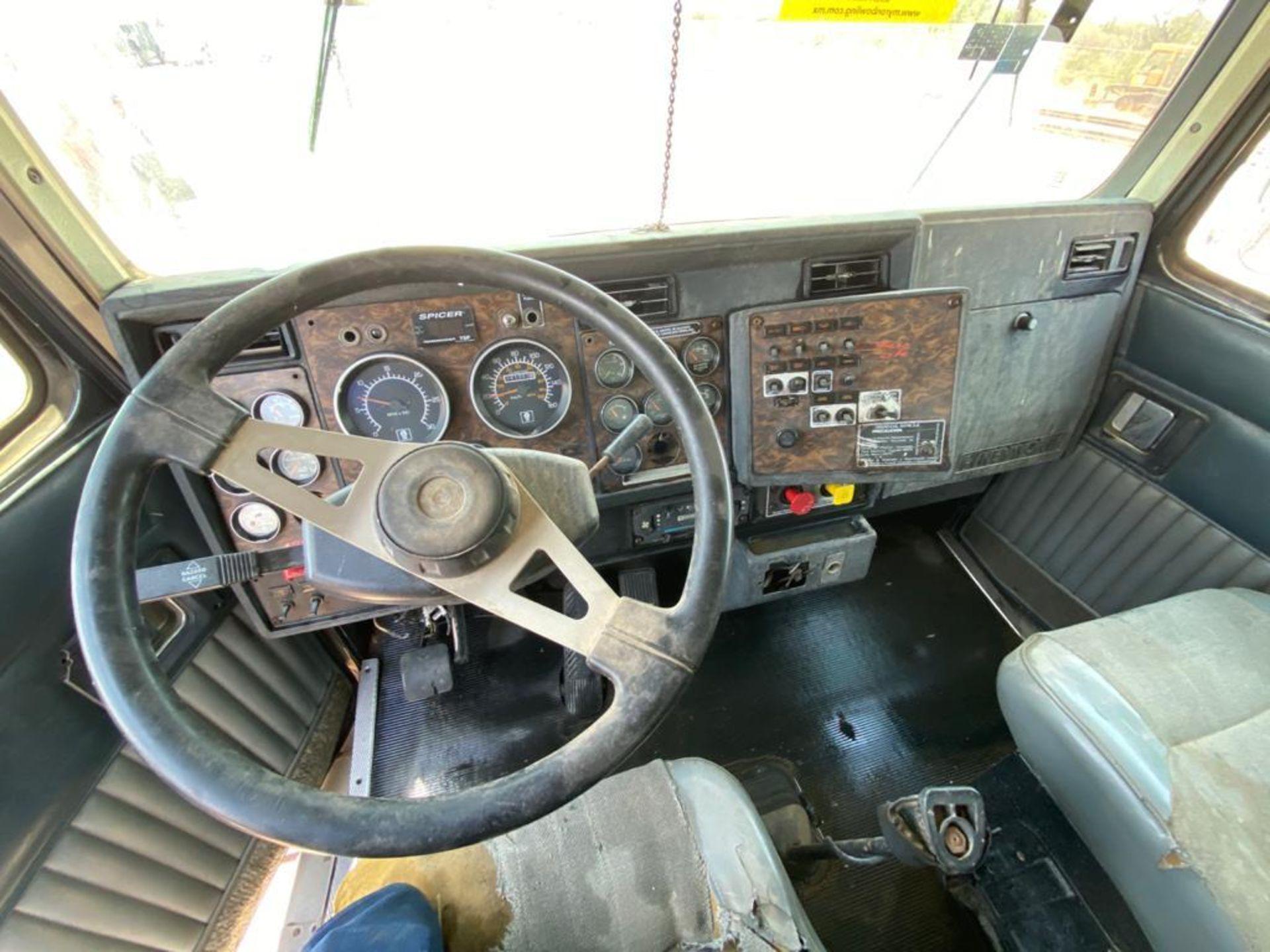 1998 Kenworth 5000 Gallon, standard transmission of 16 speeds - Image 34 of 68