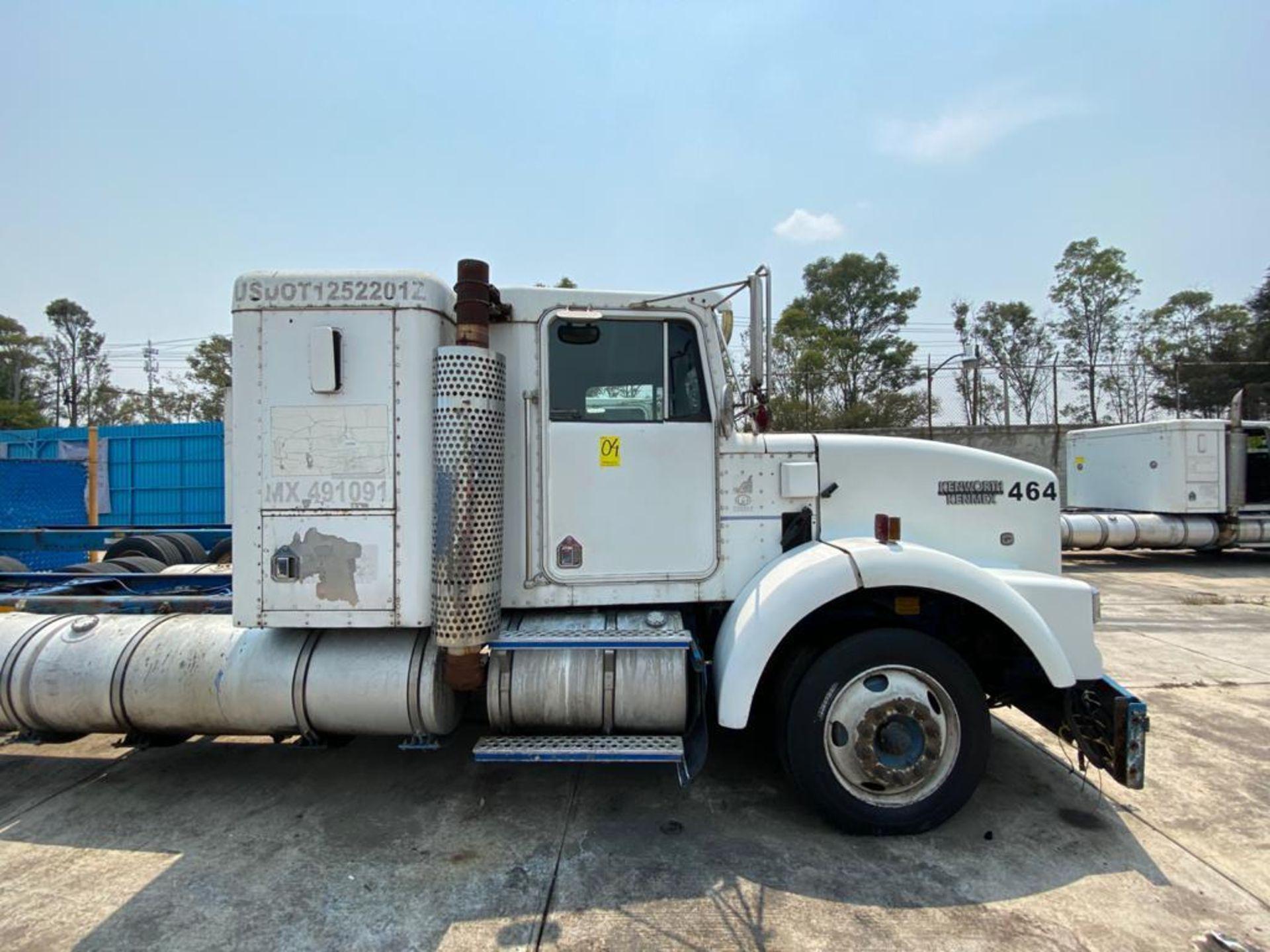 1999 Kenworth Sleeper truck tractor, standard transmission of 18 speeds - Image 50 of 70