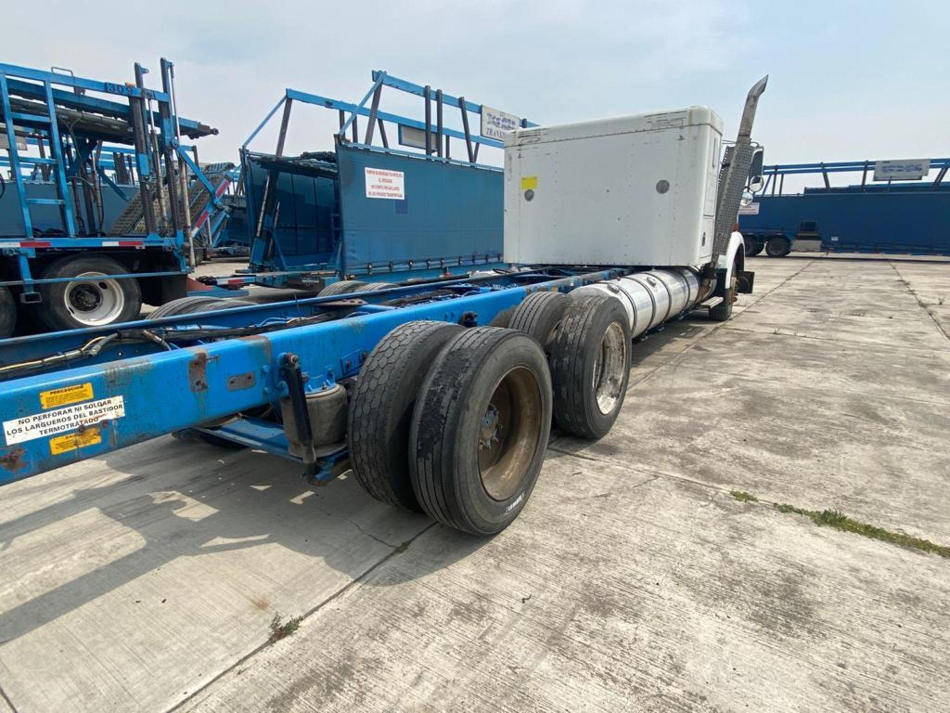 1999 Kenworth Sleeper truck tractor, standard transmission of 18 speeds - Image 16 of 62