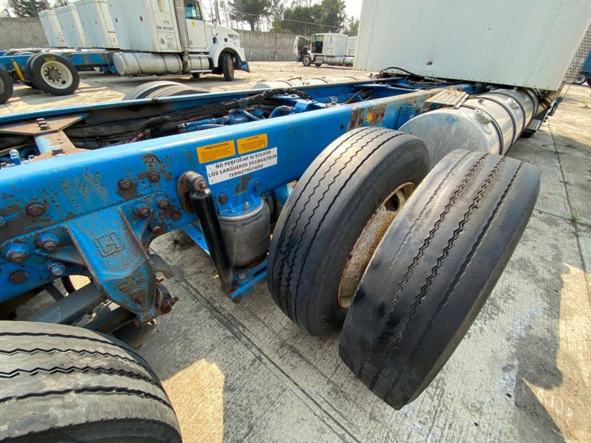 1999 Kenworth Sleeper truck tractor, standard transmission of 18 speeds - Image 27 of 75