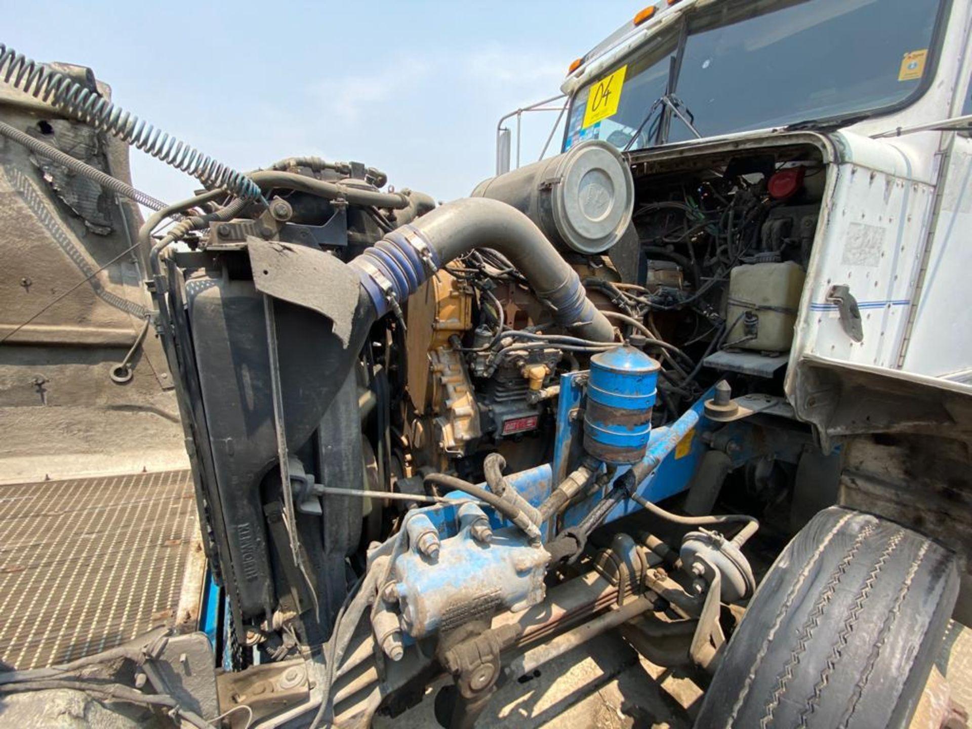 1999 Kenworth Sleeper truck tractor, standard transmission of 18 speeds - Image 51 of 70