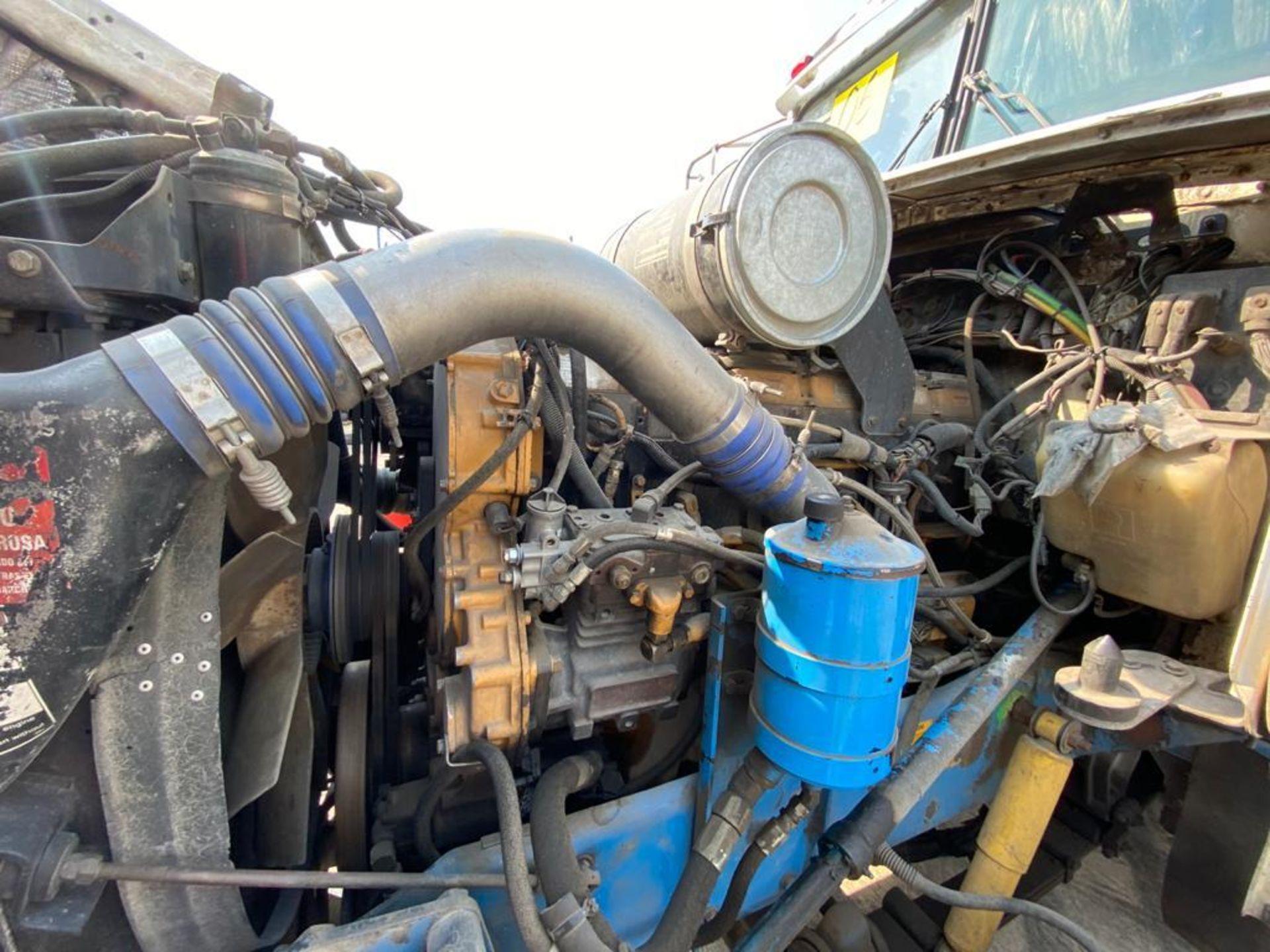 1998 Kenworth Sleeper truck tractor, standard transmission of 18 speeds - Image 58 of 75