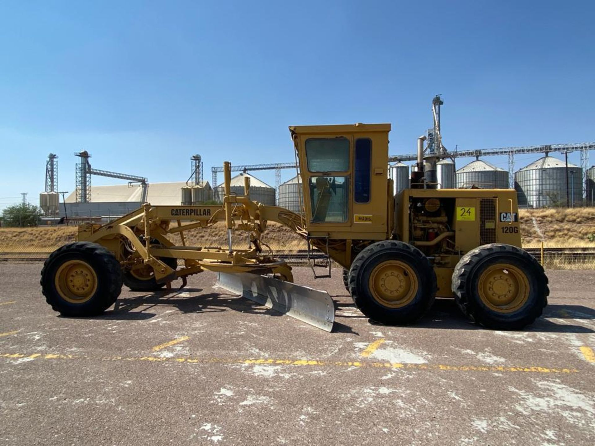 Caterpillar 120G Motor Grader, Serial number 87V09646, Motor number PQ883-2/07Z28983 - Image 10 of 61