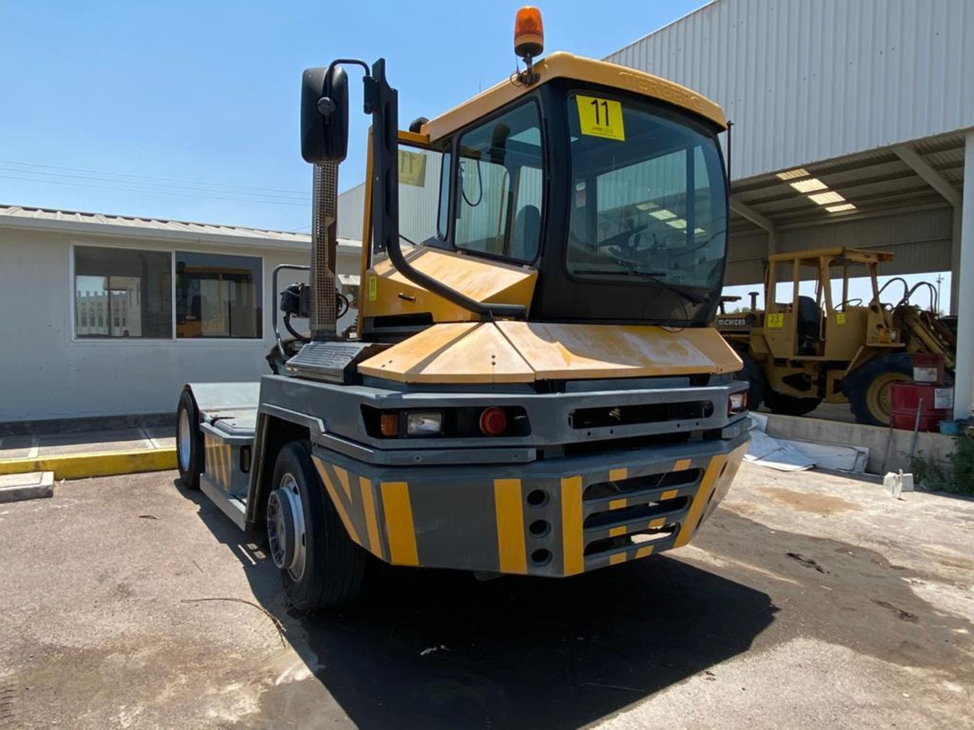 Terberg Capacity 2002 Terminal Tractor, automatic transmission, with Volvo motor - Image 2 of 57