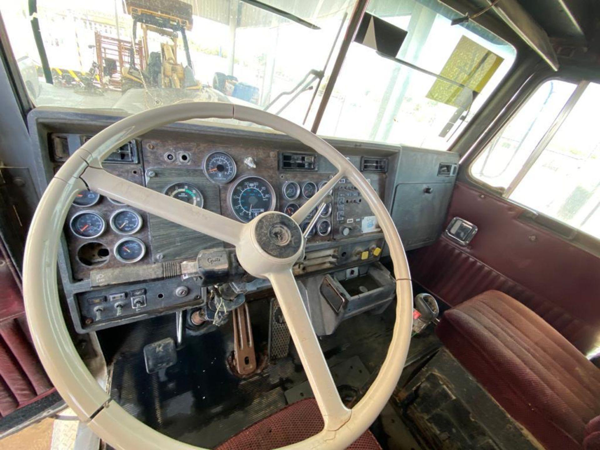 1983 Kenworth Dump Truck, standard transmission of 10 speeds, with Cummins motor - Image 29 of 68
