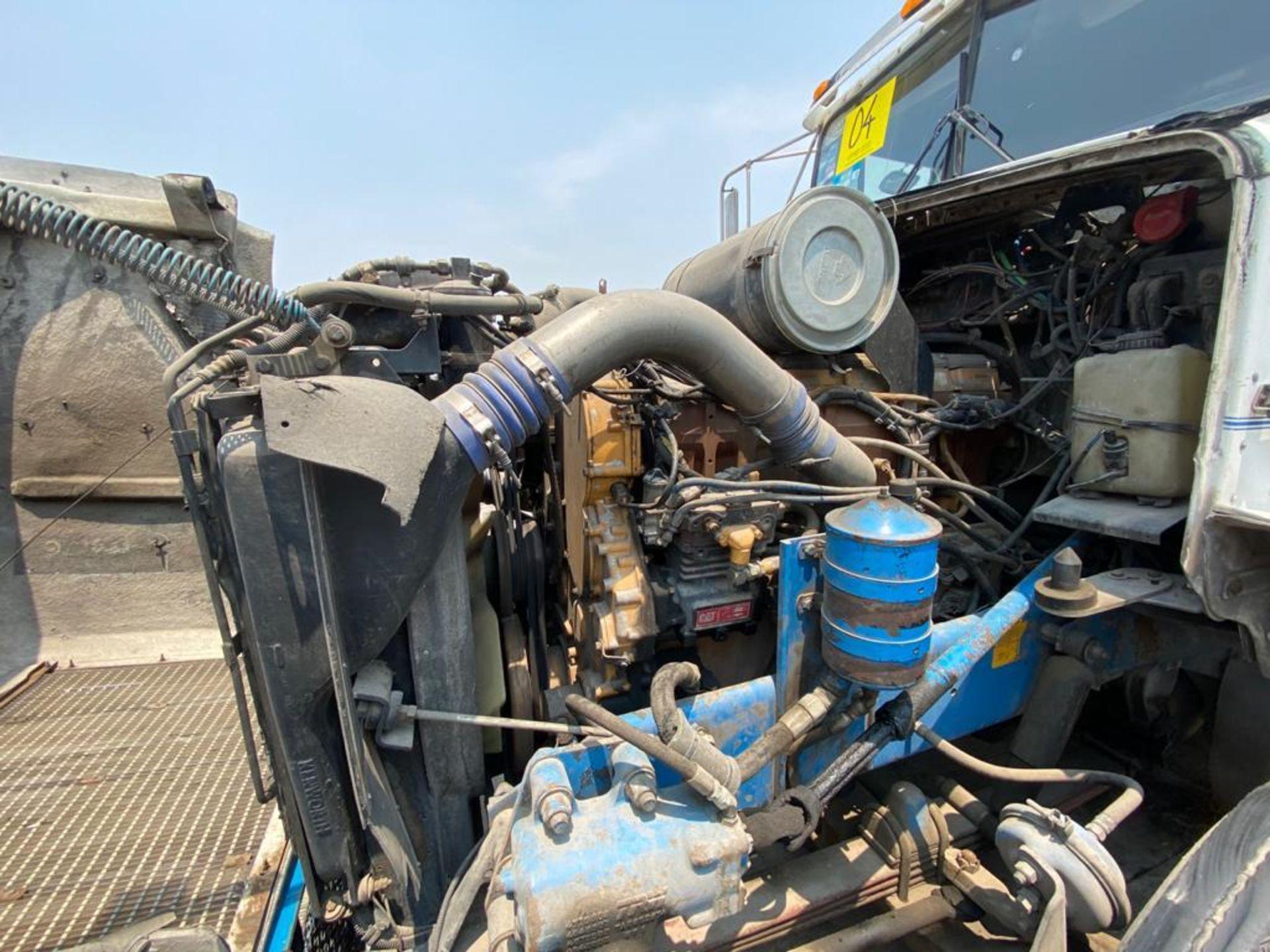 1999 Kenworth Sleeper truck tractor, standard transmission of 18 speeds - Image 68 of 70