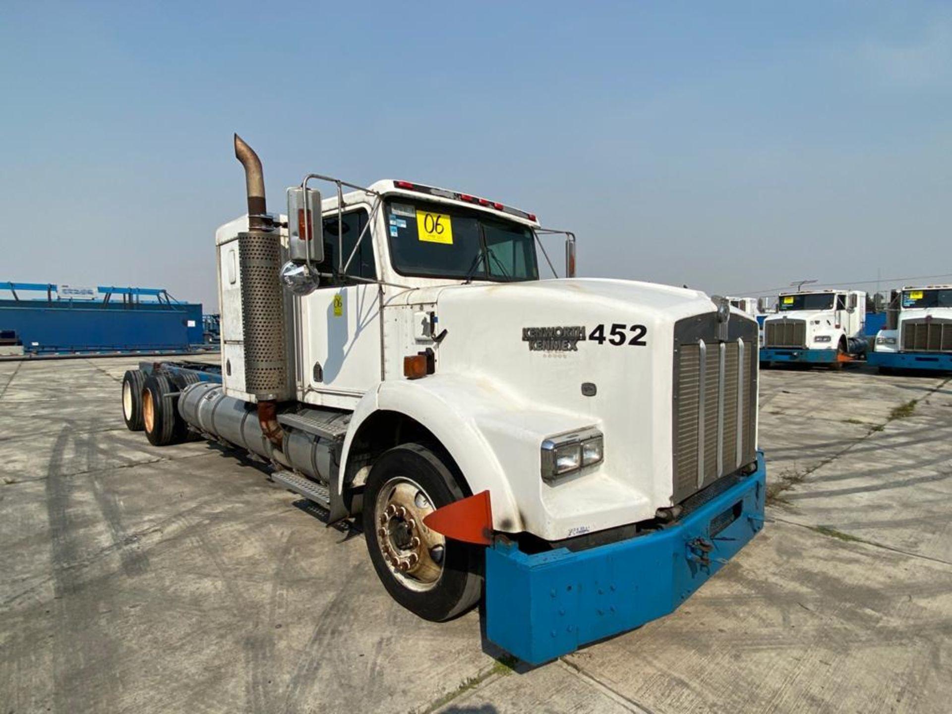 1998 Kenworth Sleeper truck tractor, standard transmission of 18 speeds - Image 3 of 75