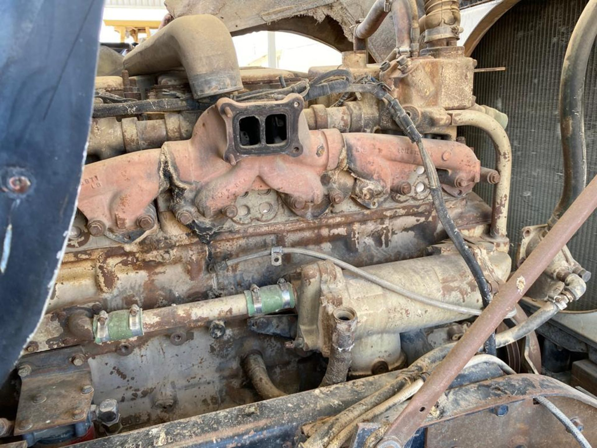 1983 Kenworth Dump Truck, standard transmission of 10 speeds, with Cummins motor - Image 39 of 68