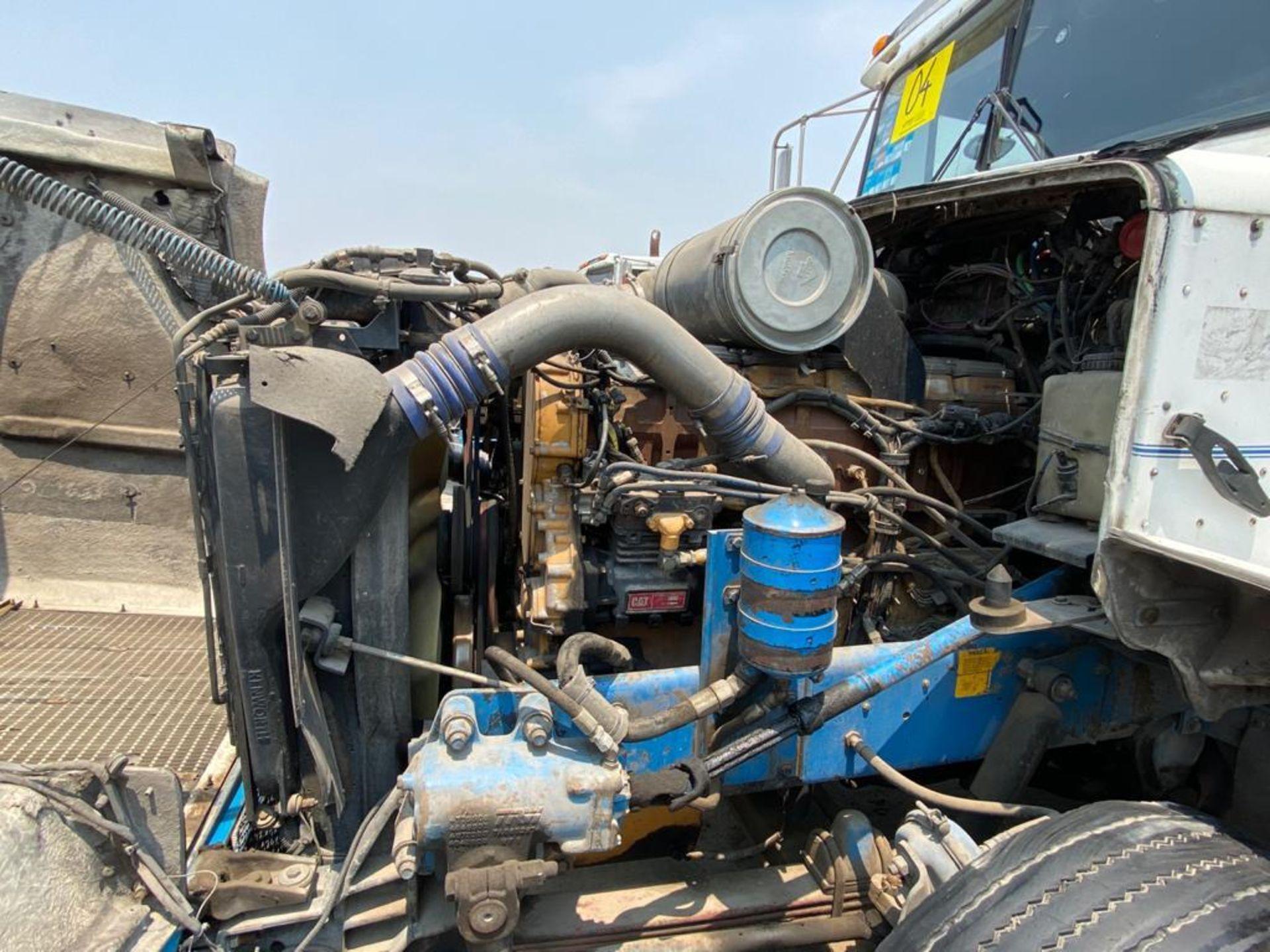 1999 Kenworth Sleeper truck tractor, standard transmission of 18 speeds - Image 56 of 70