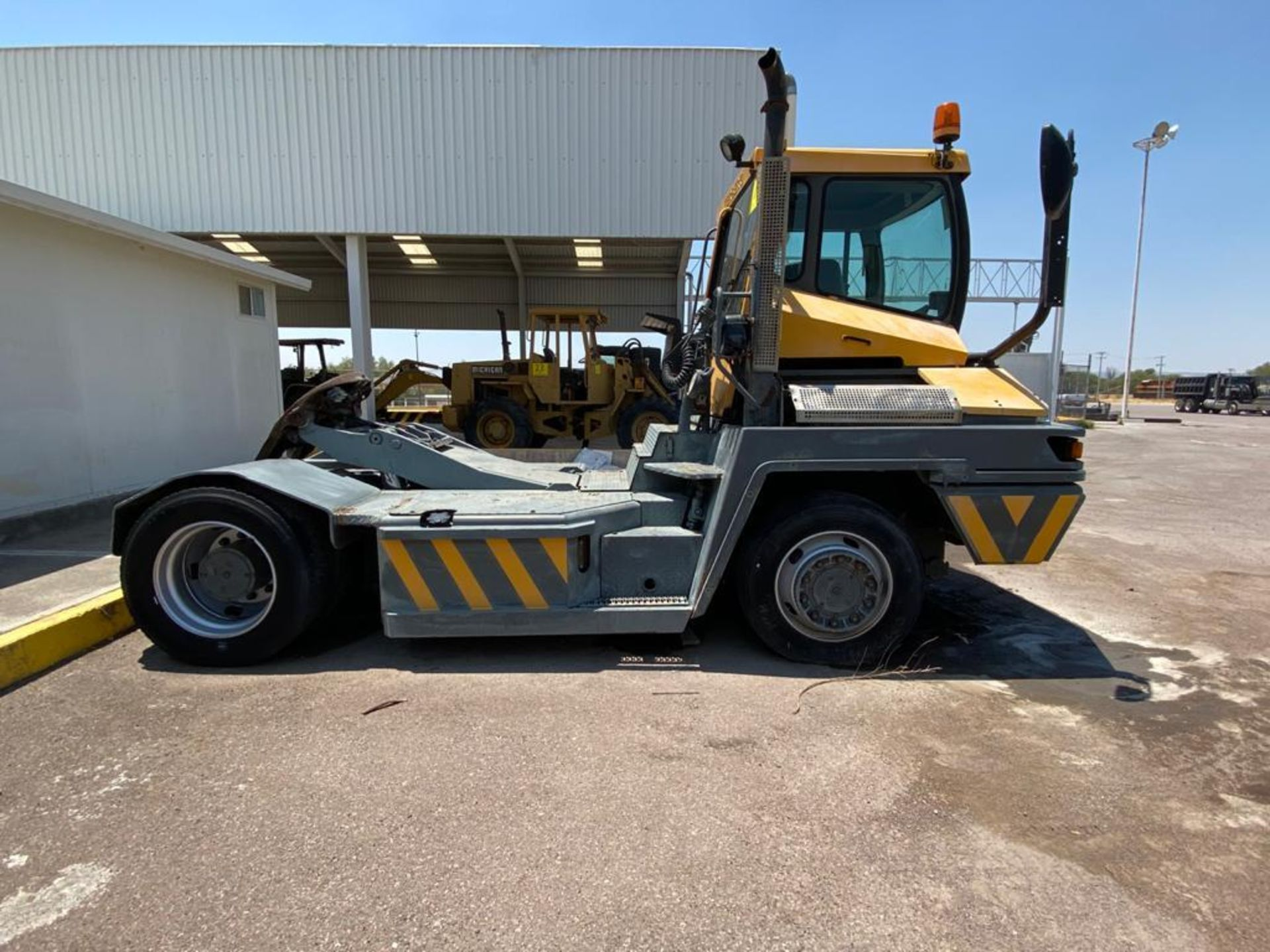 Terberg Capacity 2002 Terminal Tractor, automatic transmission, with Volvo motor - Image 31 of 57