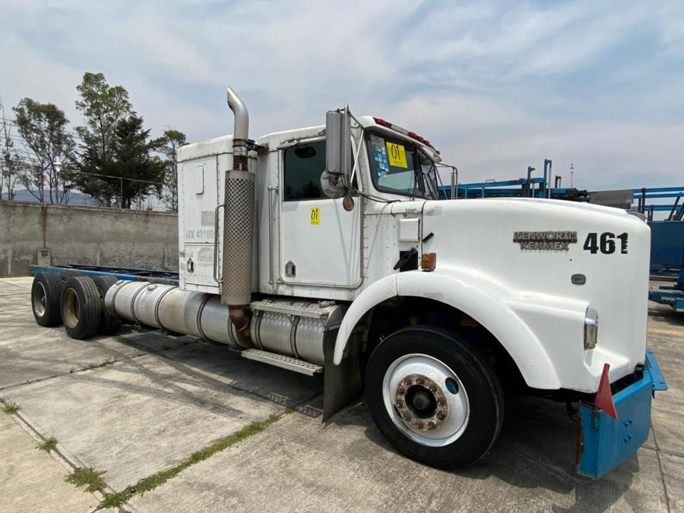 Dump Trucks, Reach Stacker, Semi-Trucks, Moto Graders, Crane Truck and more Heavy Duty Caterpillar Equipment