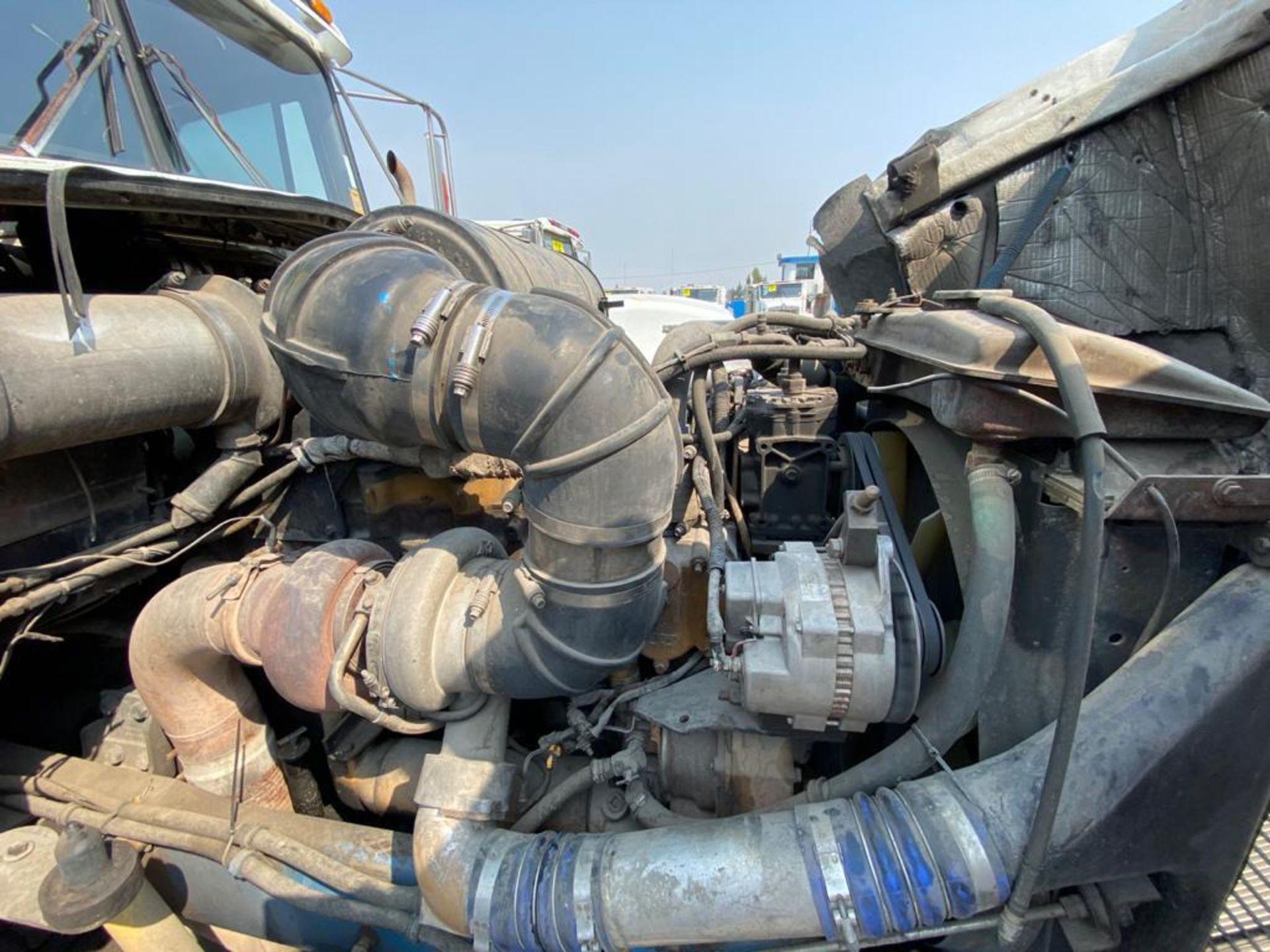 1999 Kenworth Sleeper truck tractor, standard transmission of 18 speeds - Image 65 of 72