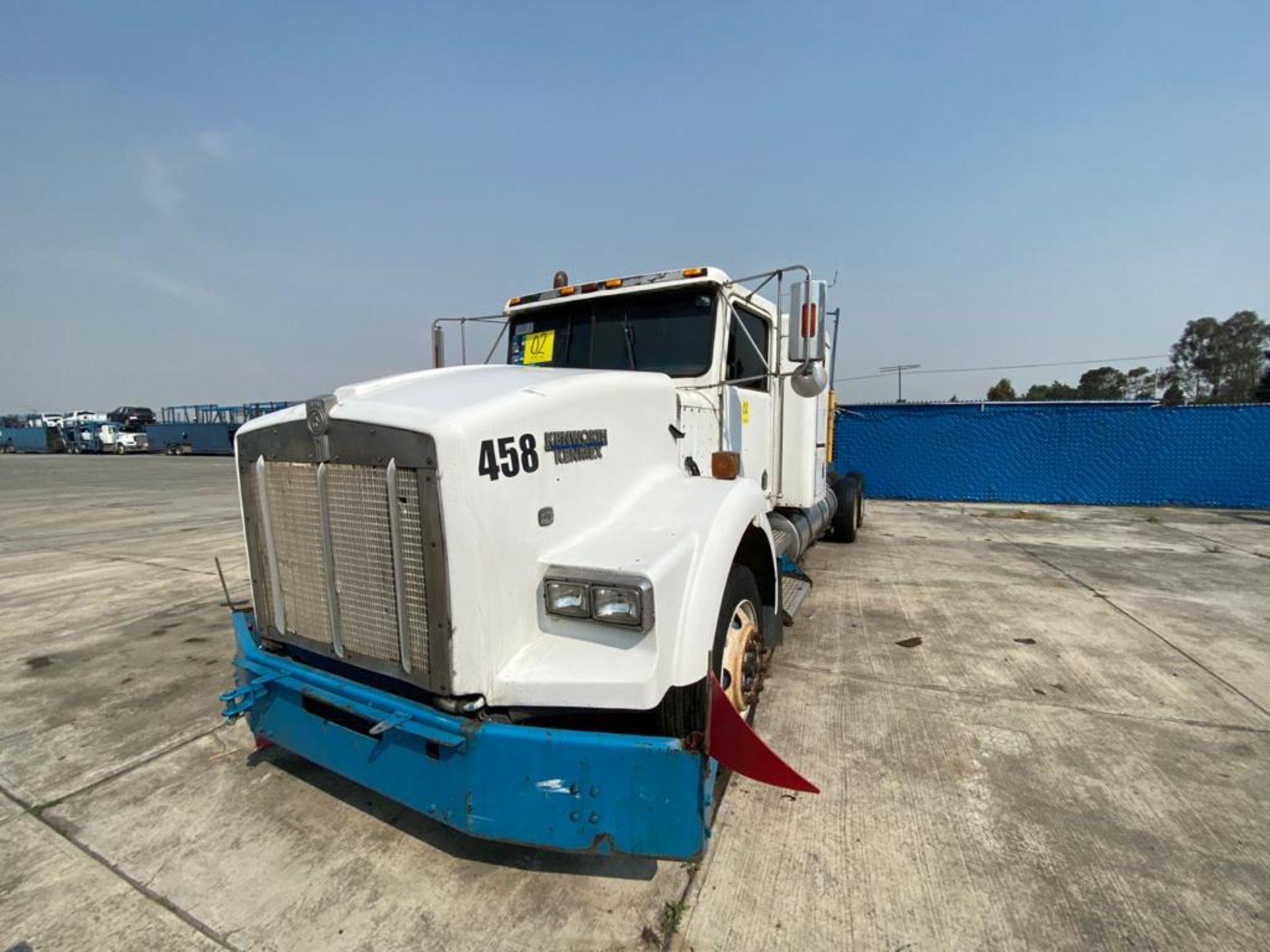 1999 Kenworth Sleeper truck tractor, standard transmission of 18 speeds - Image 8 of 75