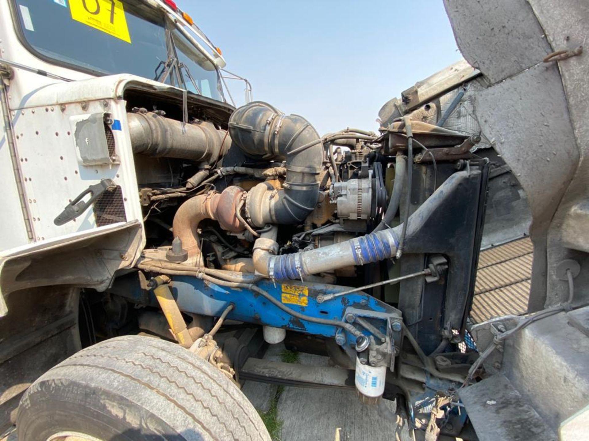 1999 Kenworth Sleeper truck tractor, standard transmission of 18 speeds - Image 61 of 72